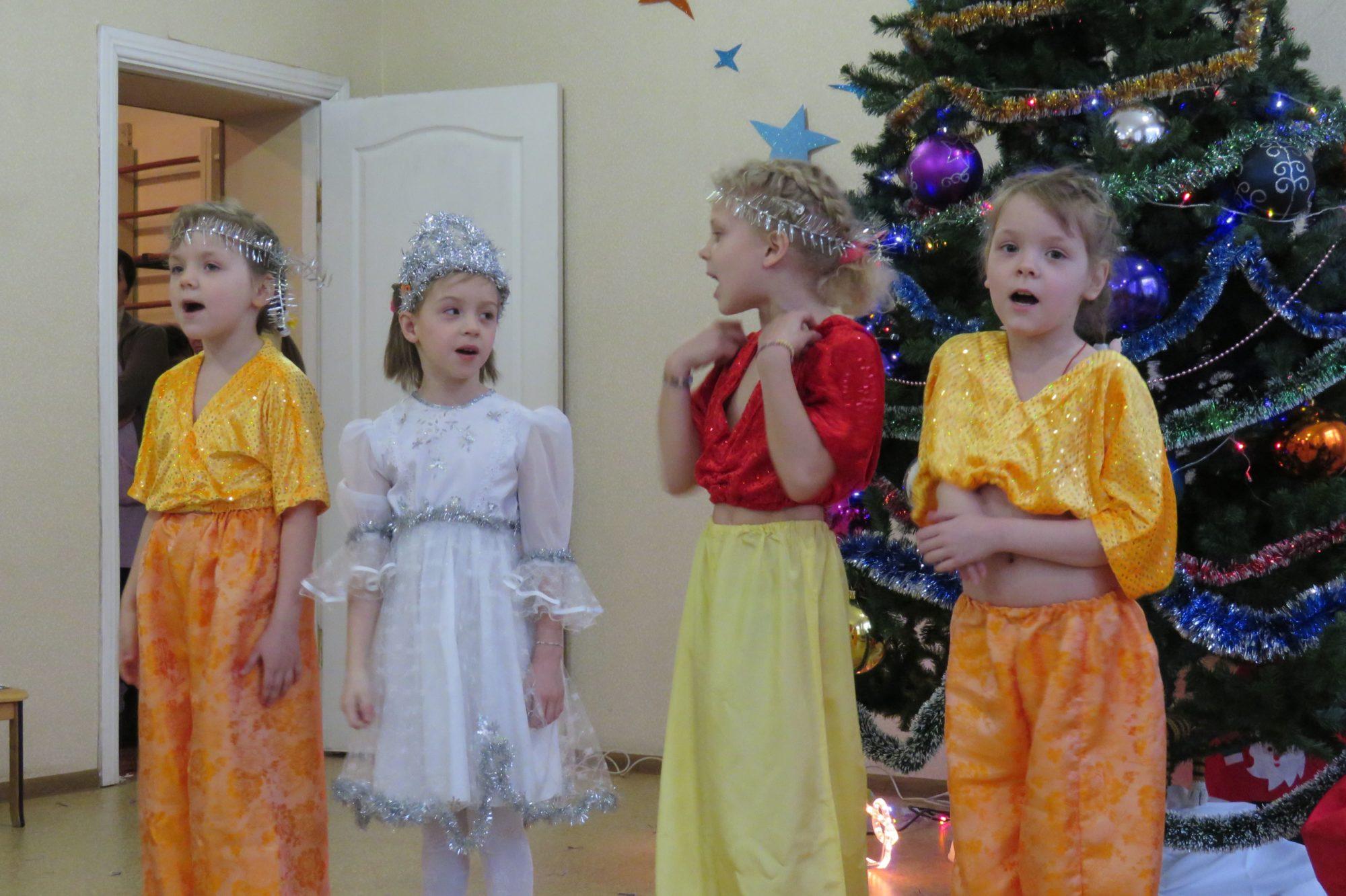 Свято для дітей: у Білій Церкві привітали вихованців центру «Злагода» - Біла Церква - imgbig 2 5 2000x1333