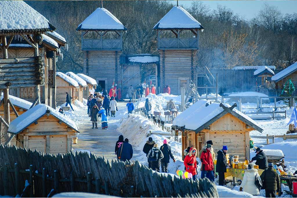 Парк Київська Русь, що на Обухівщині, підготував яскраву програму до Дня Святого Миколая -  - nov skazka 3