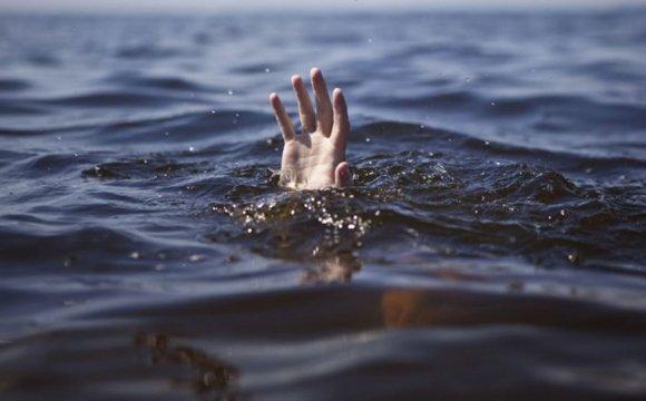 Трагедія у Фастові: рибалка, якого розшукували у місті, потонув в Унаві - Фастів - original photo 1