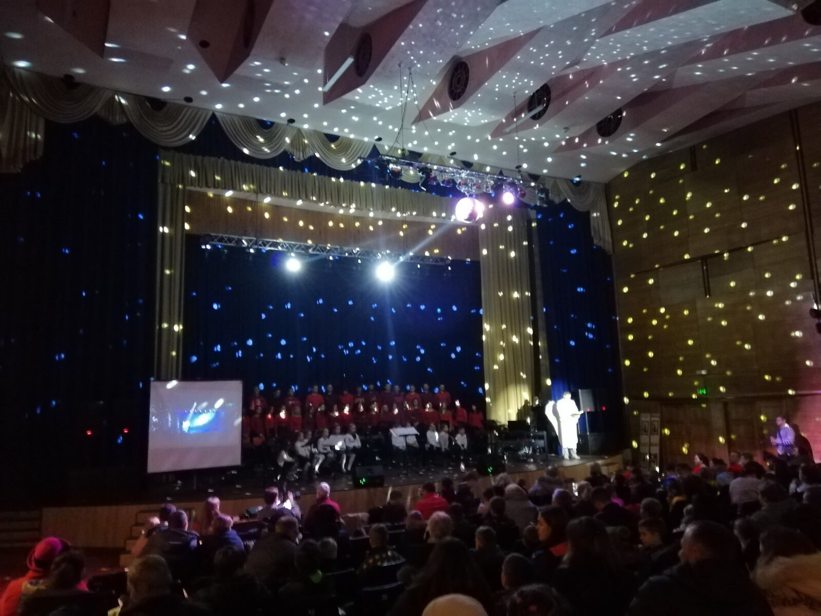 """""""Велика різдвяна подія"""" у Броварах: об'єдналися для допомоги сиротам -  - yzobrazhenye viber 2019 12 24 12 35 46"""