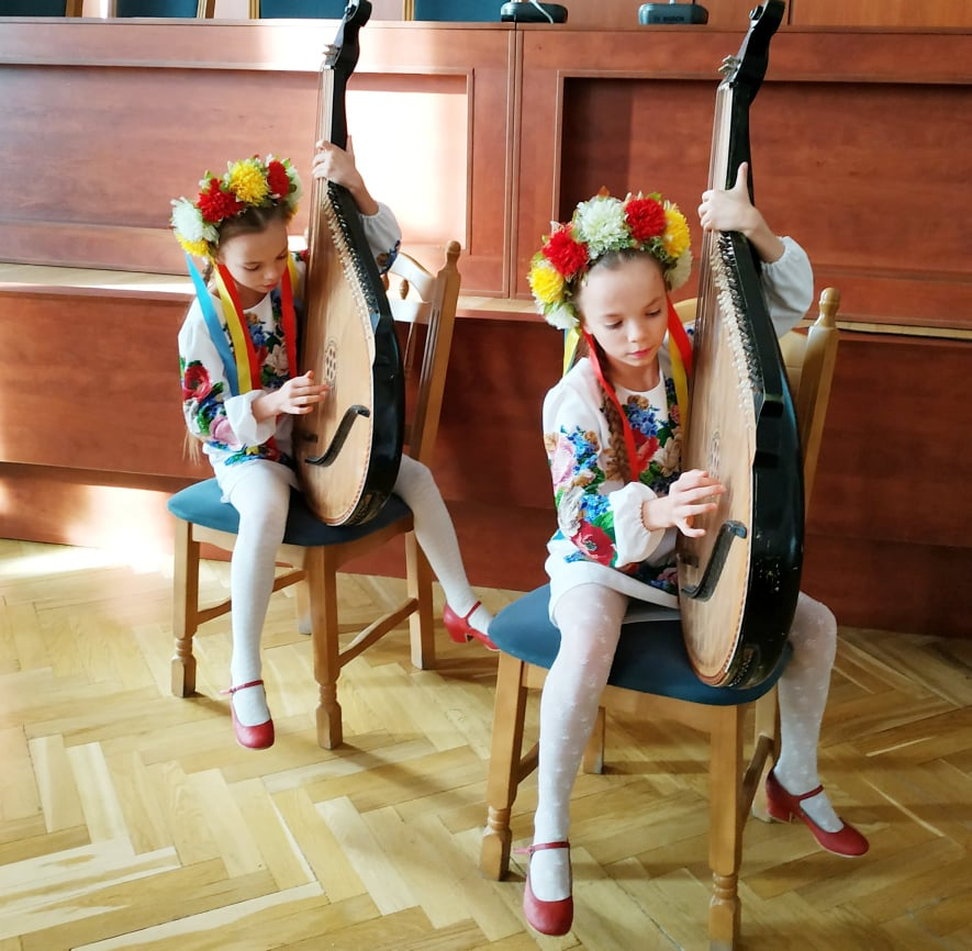 У Вишгороді на «Різдвяних дзвонах» вітали родини Київщини - КОДА, київщина, Вишгород - 0103 bandur