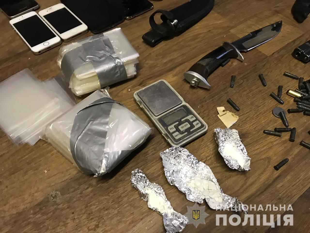 Крав та виготовляв наркотики: під Києвом затримали чоловіка причетного до низки злочинів - кримінал, крадіжка - 09 makariv4