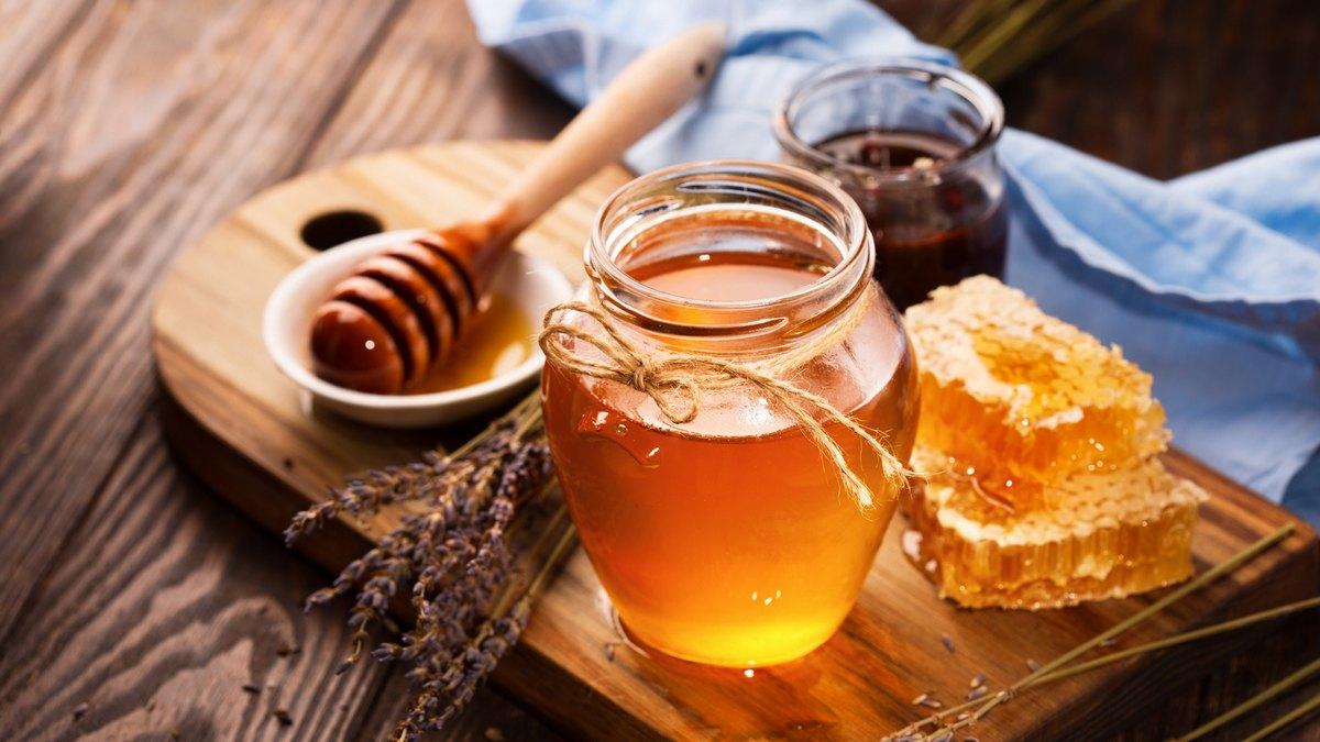 """Скільки """"дьогтю"""": український мед перевірять на якість -  - 10 porad yak vibrati yakisnij med 1"""