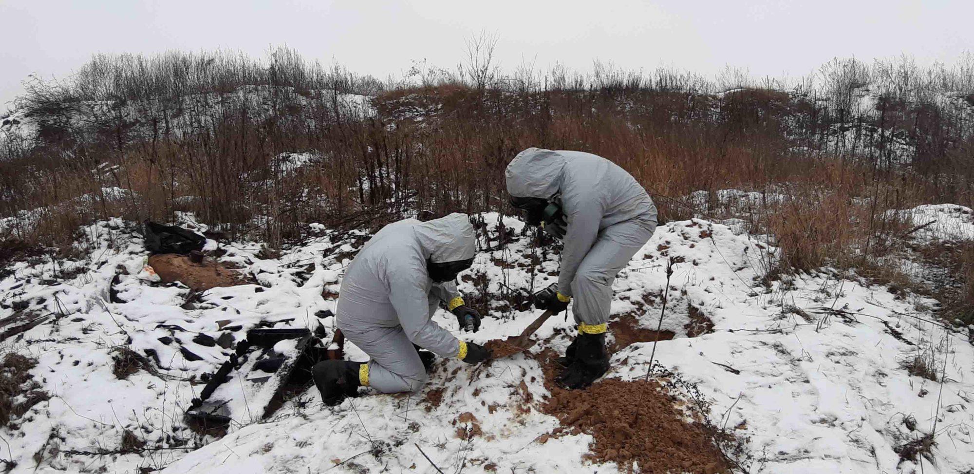 10_bochka-2000x973 У Макарівському районі знайшли бочку з невідомою речовиною