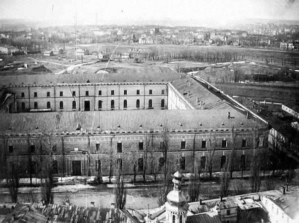 """Бій за """"Арсенал"""": в столиці відбудеться реконструкція історичної події -  - 1950 e gody. Kyevskyj Arsenal vyd sverhu"""