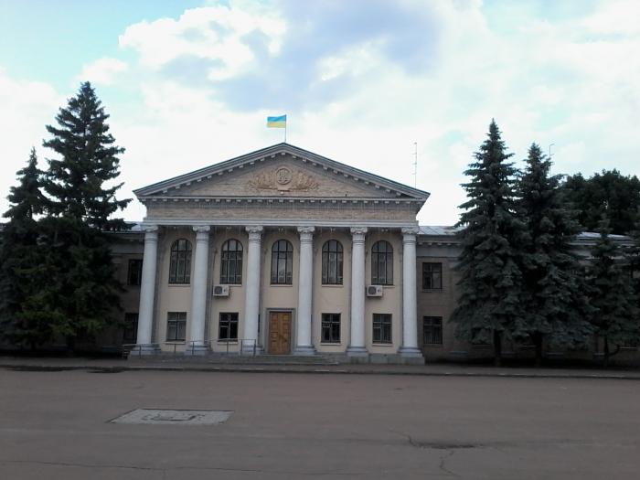 У райдержадміністрації Переяслава залишилось 63 посади із 104 -  - 21 big