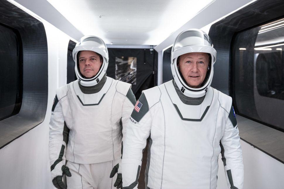 Названі імена перших астронавтів, які полетять на МКС на кораблі SpaceX - космос, SpaceX - 22 mask