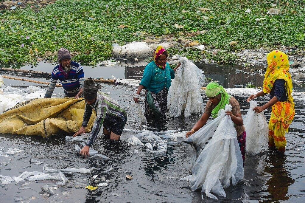 24_bangladesh У Бангладеш закриють 231 фабрику заради порятунку головної річки столиці