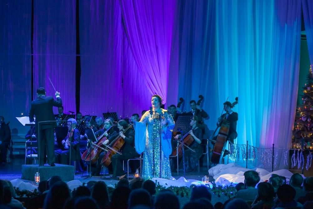 «Нові мелодії Різдвяної ночі»: столичний театр запрошує на колоритне музичне дійство -  - 3759