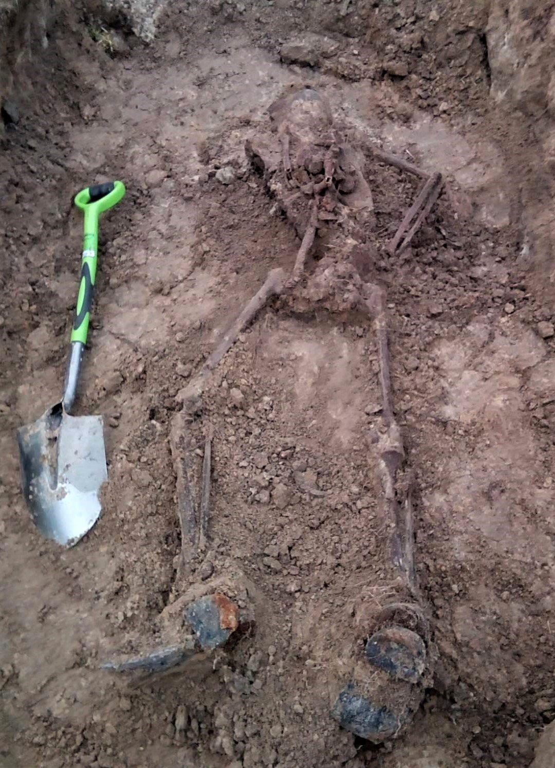 57CFD3EB-5A91-4620-B26E-E9FF025A58CB У Гатному знайшли загиблого солдата