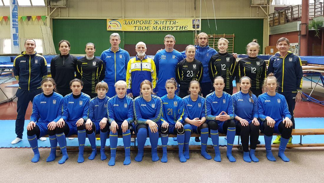 У Славутичі зберуться воротарі жіночих збірних команд України -  - 58589992