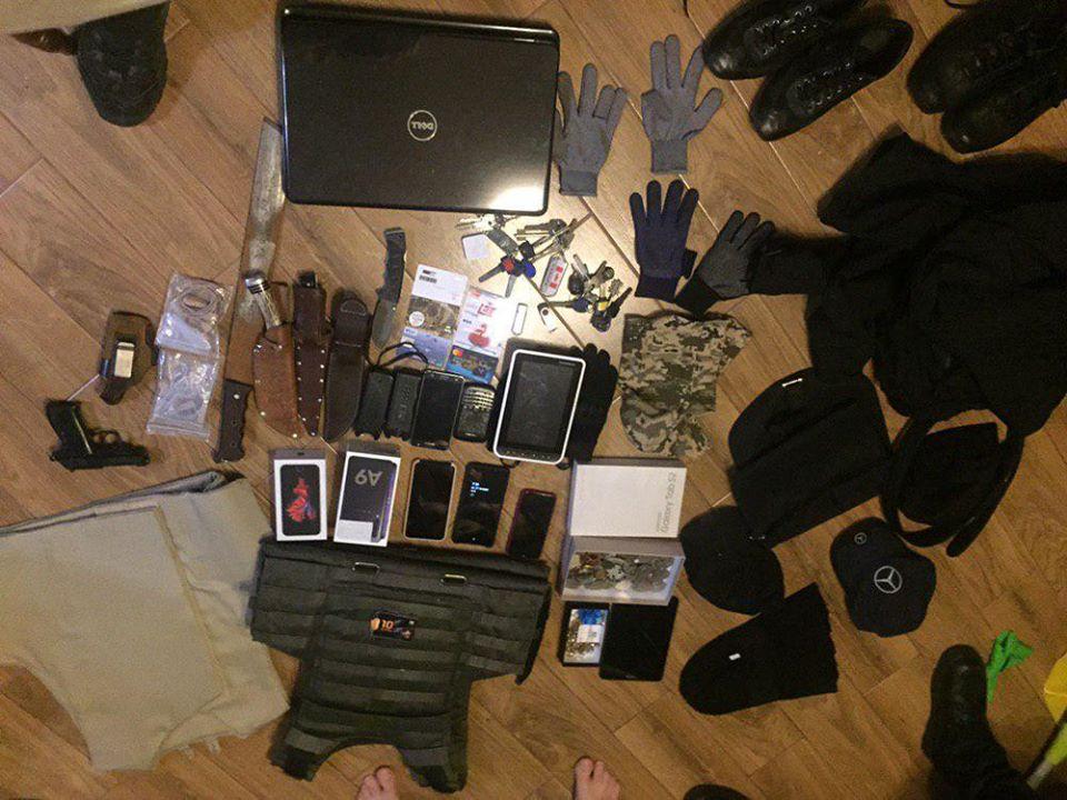 На Київщині поліція викрила банду, яка грабувала будинки -  - 82492896 2428478857369219 6909594101331525632 o