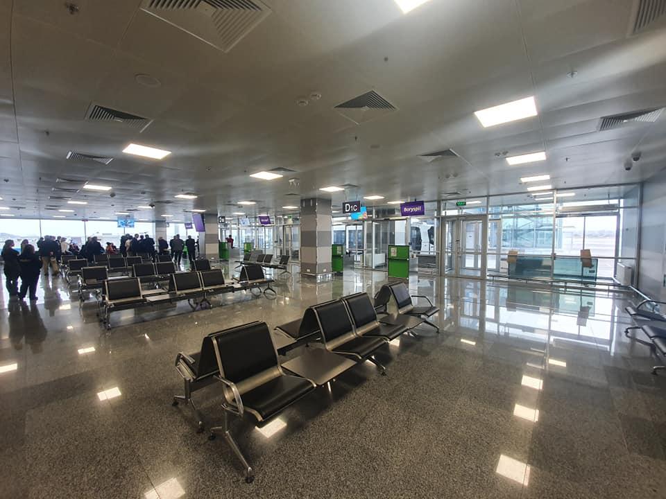 В аеропорту «Бориспіль» запустили бас-гейти і перонний автобус -  - 82602376 2804344816275464 7962543971471720448 n