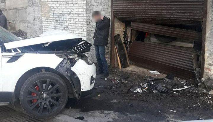 У Києві працівник СТО взяв покататися та розбив Range Rover клієнта (відео) -  - 82702572 621625305251210 1546376221573513216 o