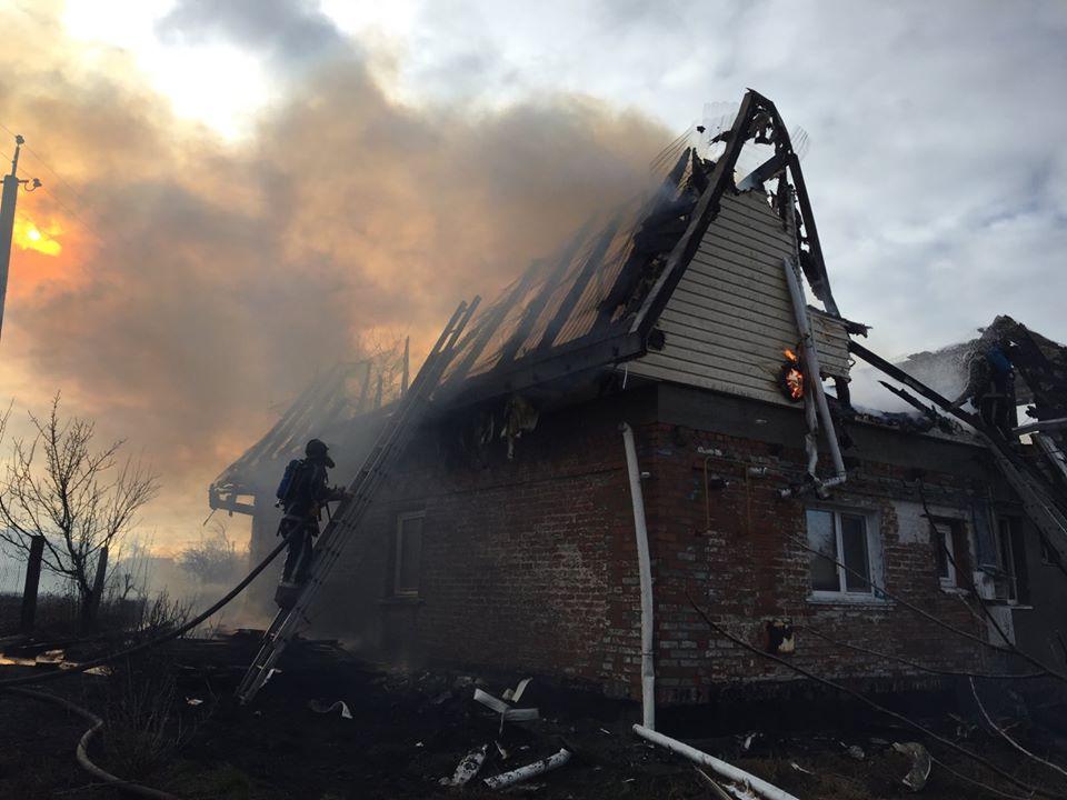 82738715_1238449069878128_195811136732397568_o На Білоцерківщині загорівся будинок: родина з дітьми залишилась без даху над головою (ФОТО)