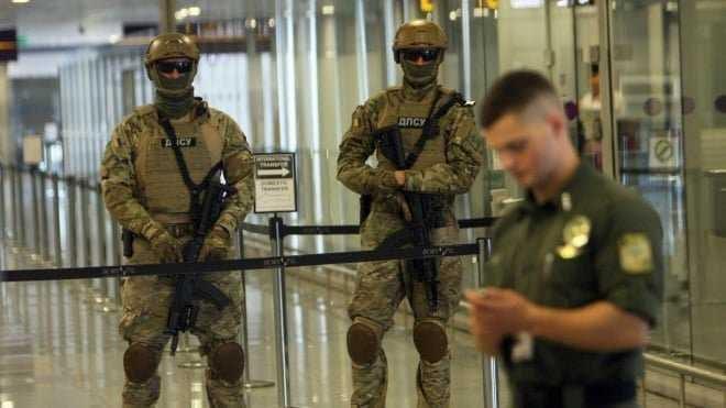 """Двох українців, яких розшукувала поліція затримали в аеропорту """"Бориспіль"""" -  - 82791315 751913861961851 7675525467587215360 n"""