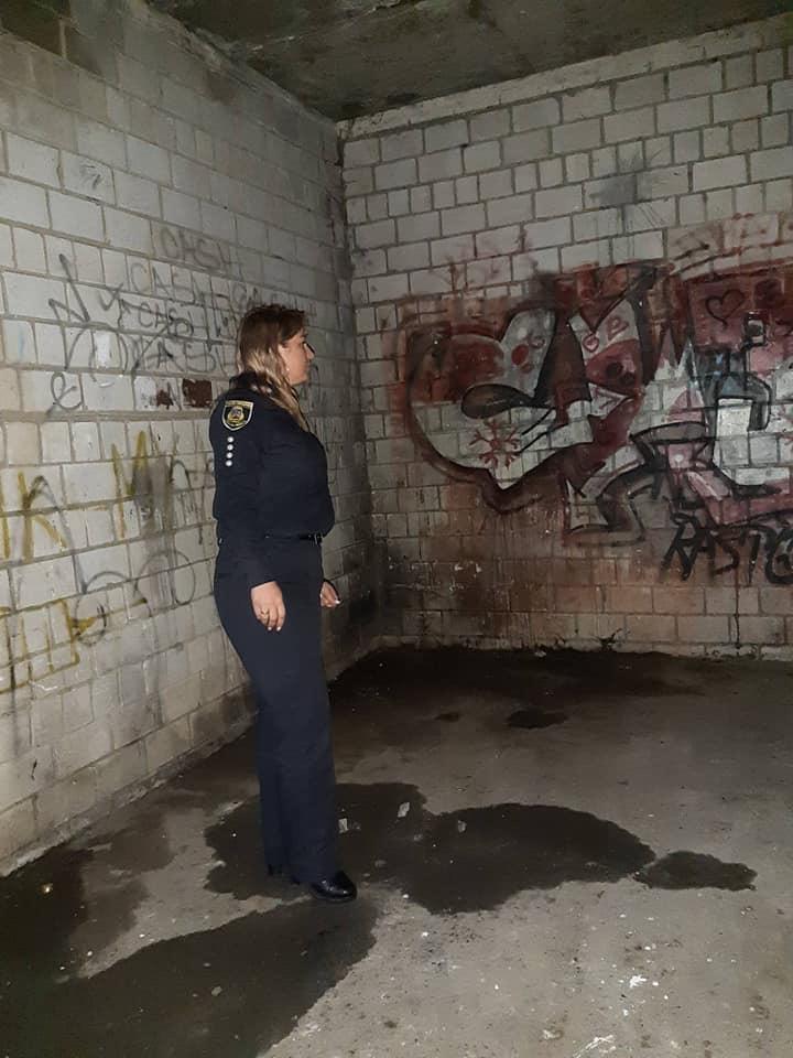 У Вишневому поліція відвідала місця вживання наркотиків - наркотики, Вишневе - BF8878E2 A961 4A1B 90F4 27C7710D6E9A