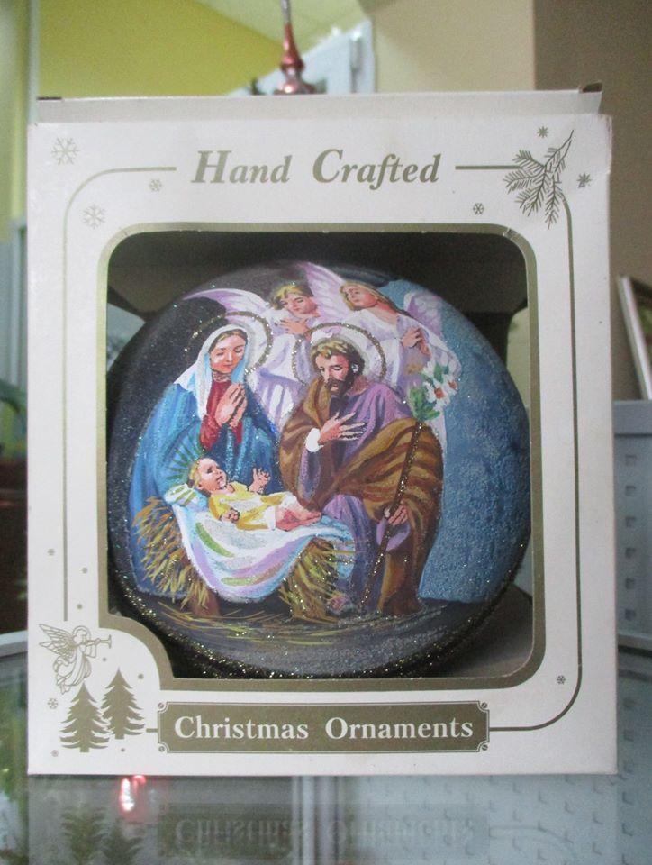 Різдвяна куля від майстрині: в ірпінському музеї триває виставка ялинкових іграшок - Приірпіння, київщина, ірпінь, виставка - Fed kulya 1