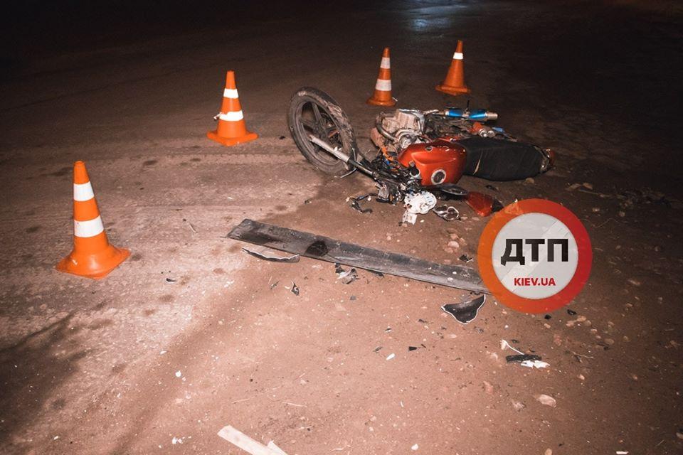 Goren-moto-2 Мотоцикл таранив вантажний Volkswagen: у Горенці травмувалися двоє хлопців