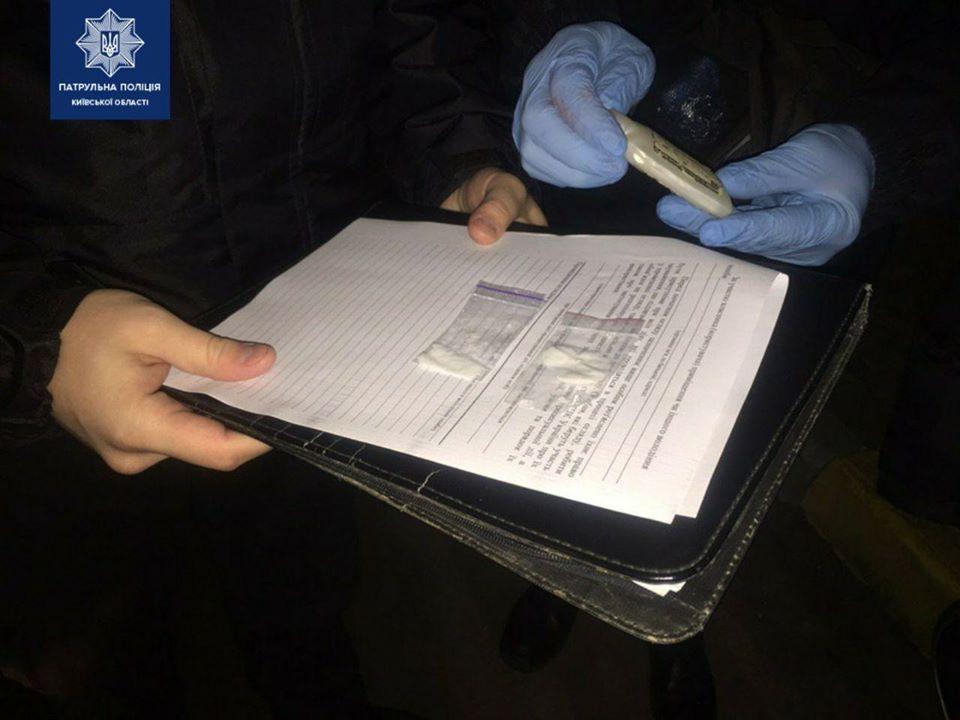 Gost-amfet Амфетамін у пасажирки: в Гостомелі патрульні Чайок зупинили Daewoo за порушення ДПР