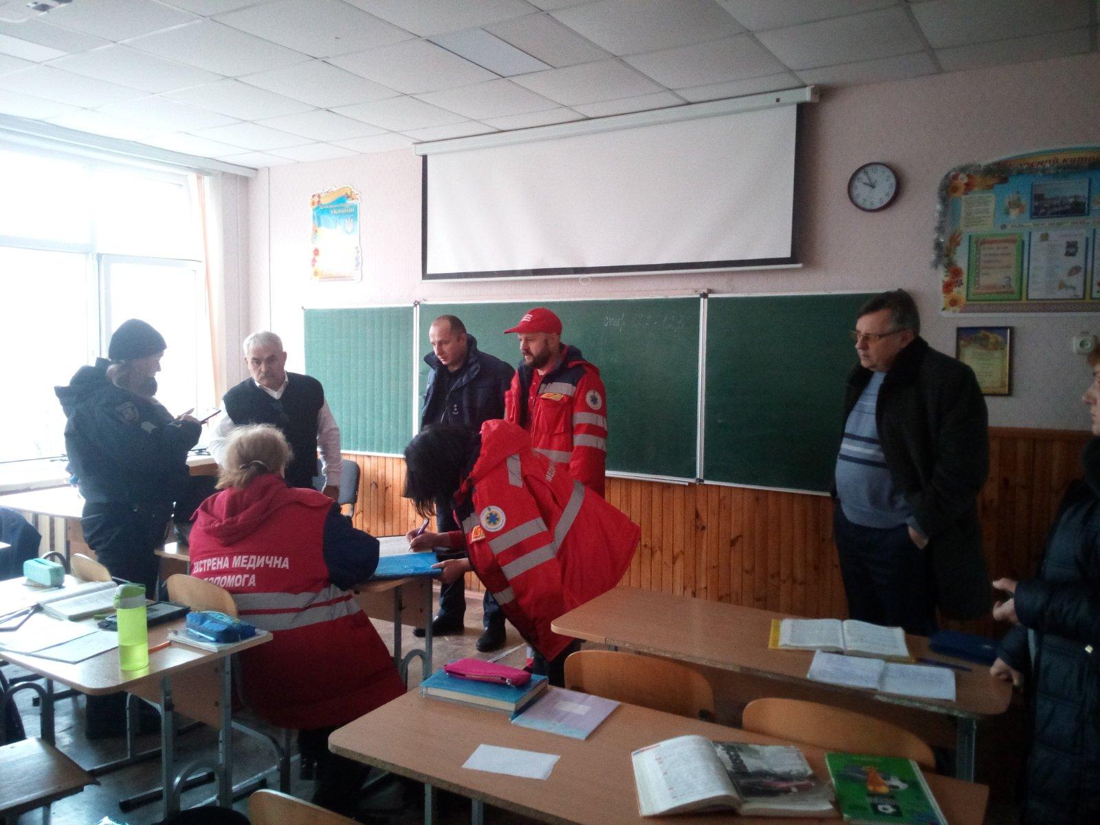У Броварах евакуювали учнів та вчителів школи №2 -  - IMG dea36ef784e7a85b5ebe5967d16946fb V
