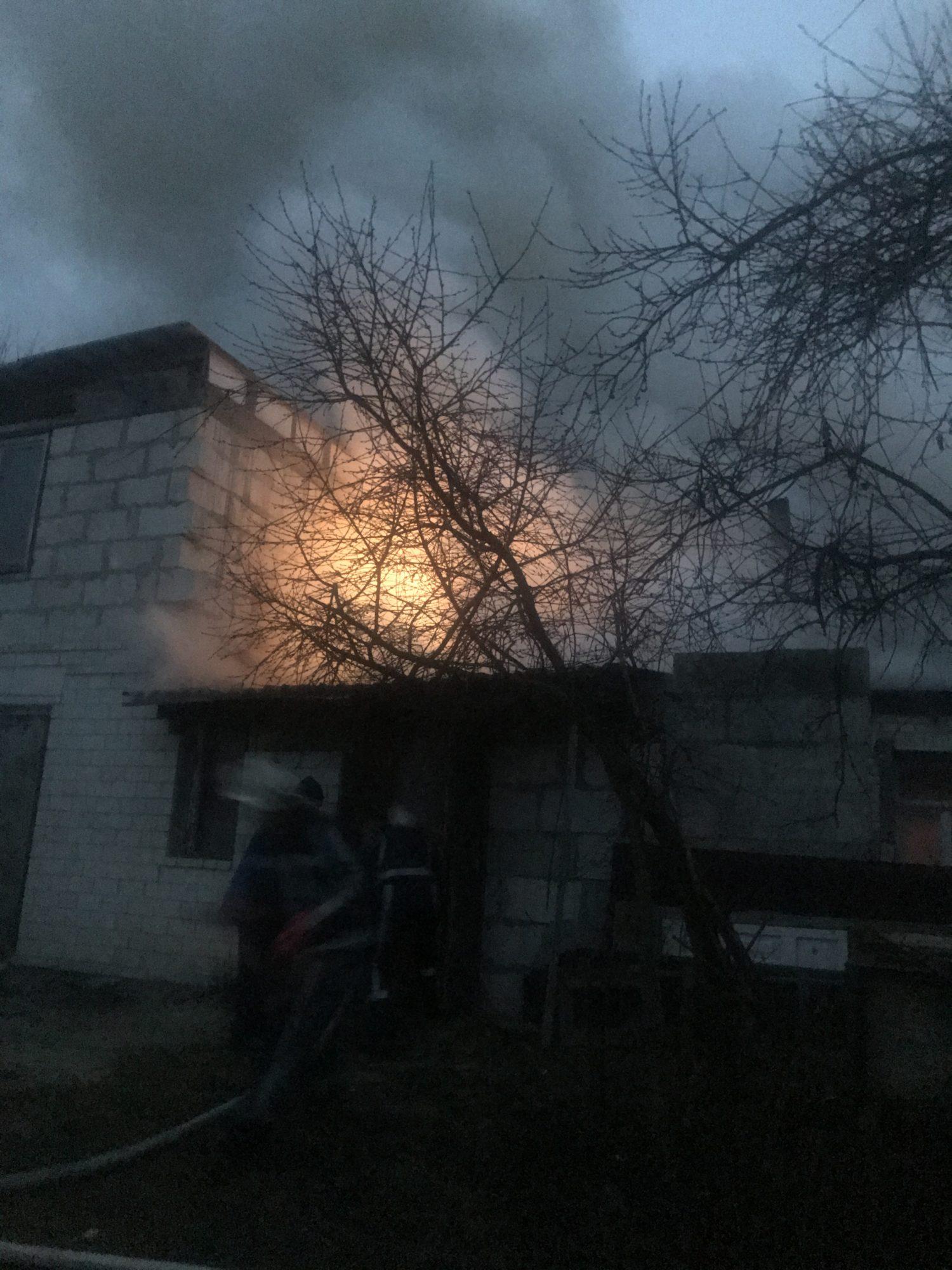 У Ржищеві на Київщині горів житловий будинок -  - IMG 2413 1500x2000