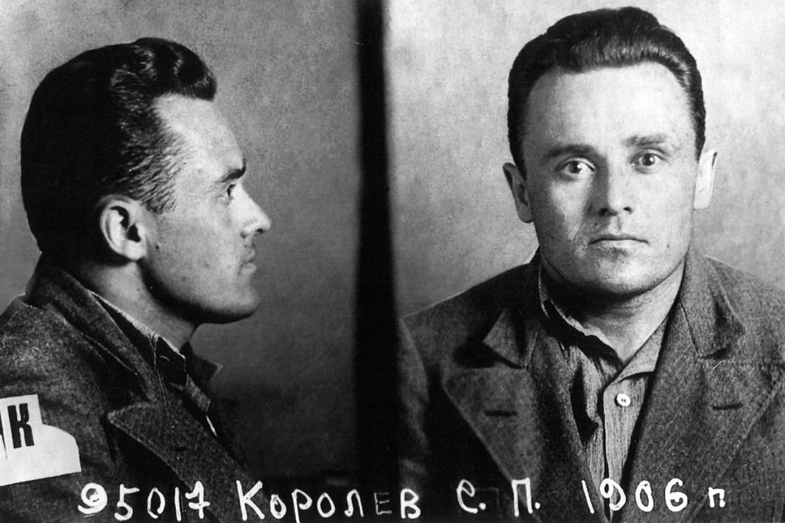 12 січня народився Сергій Корольов -  основоположник практичної космонавтики -  - Sergey Korolev