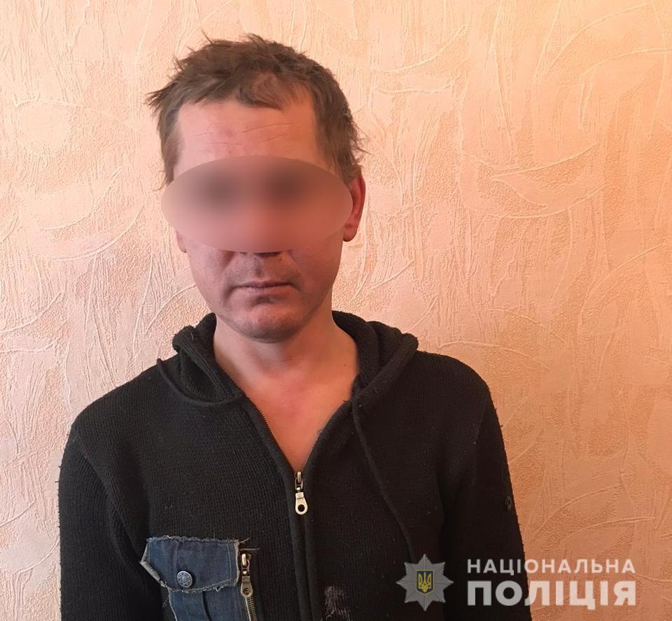 Різанина у Білій Церкві: чоловік вдарив ножем товариша в живіт - поранення, поліція Київщини, Біла Церква - bts1pidriz