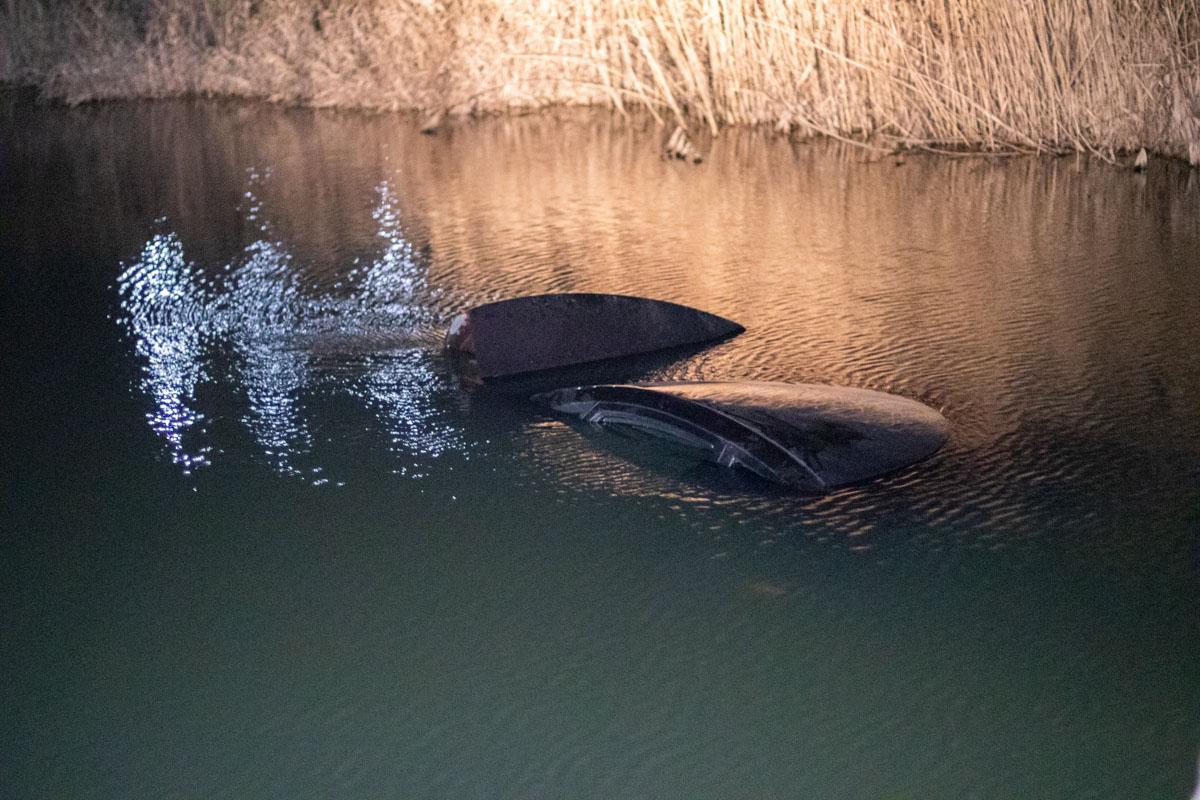 Поблизу Ірпеня легковик з дитиною в салоні злетів у річку - Річка, київщина, ірпінь, ДТП, Дитина - dtp 0594