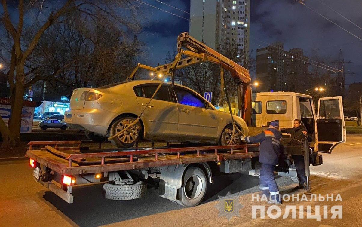 У Києві за два тижні евакуйовано 594 авто припаркованих з порушенням ПДР -  - evakuac2