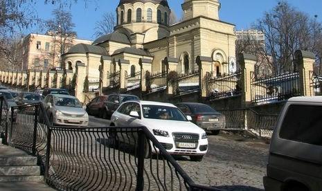 ggg На одній із київських вулиць запроваджують односторонній рух