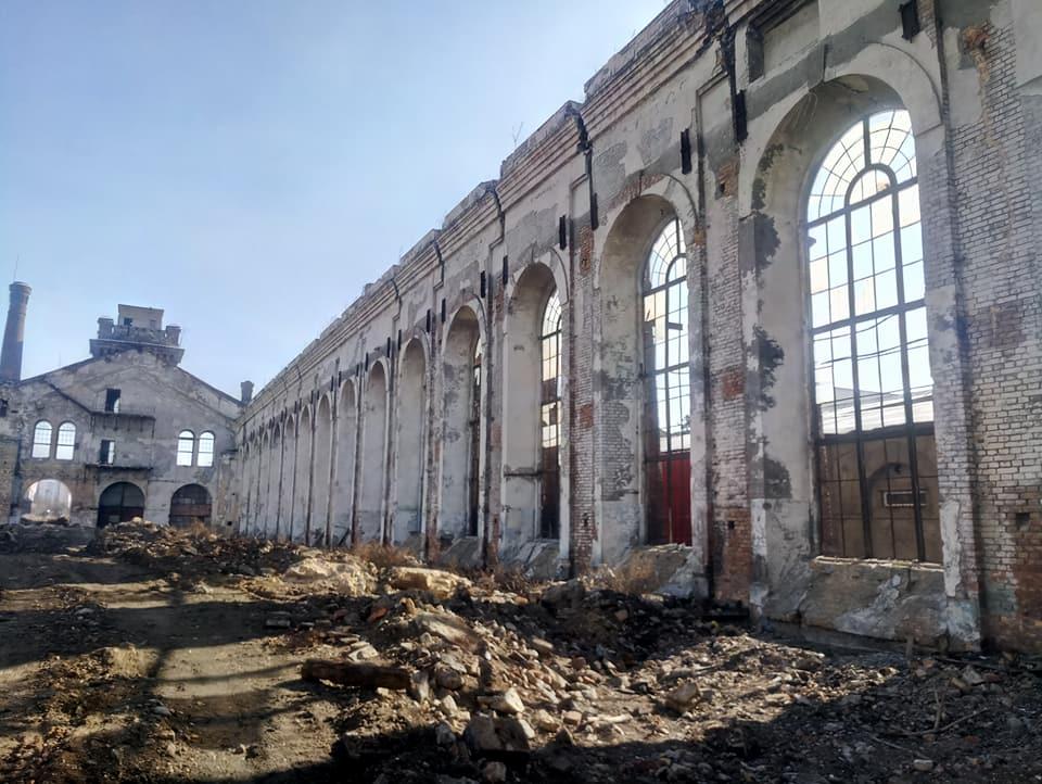 Одесити під великий простір викупили стару будівлю паровозного депо -  - krayan 6
