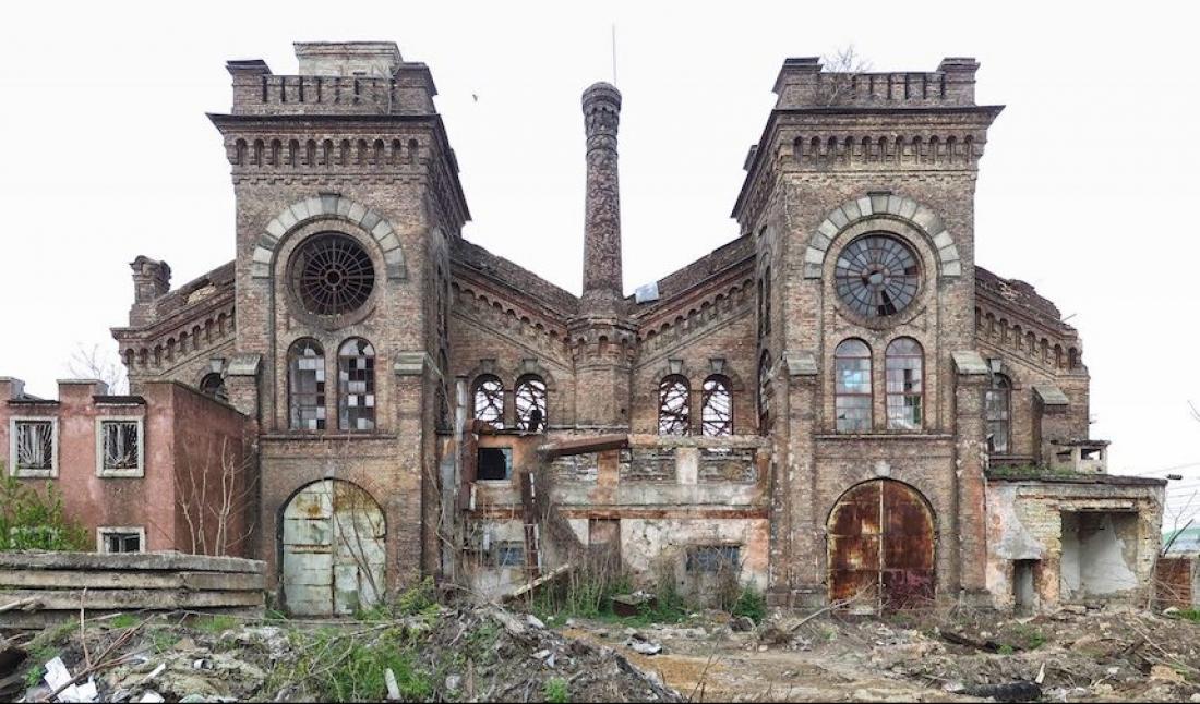 Одесити під великий простір викупили стару будівлю паровозного депо -  - krayanlocomotive department 40 1 860x530 17320 1