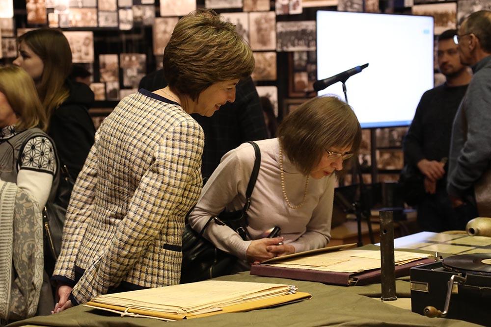 martyrolog2 Музейники встигли врятували архівні «похоронки» від знищення