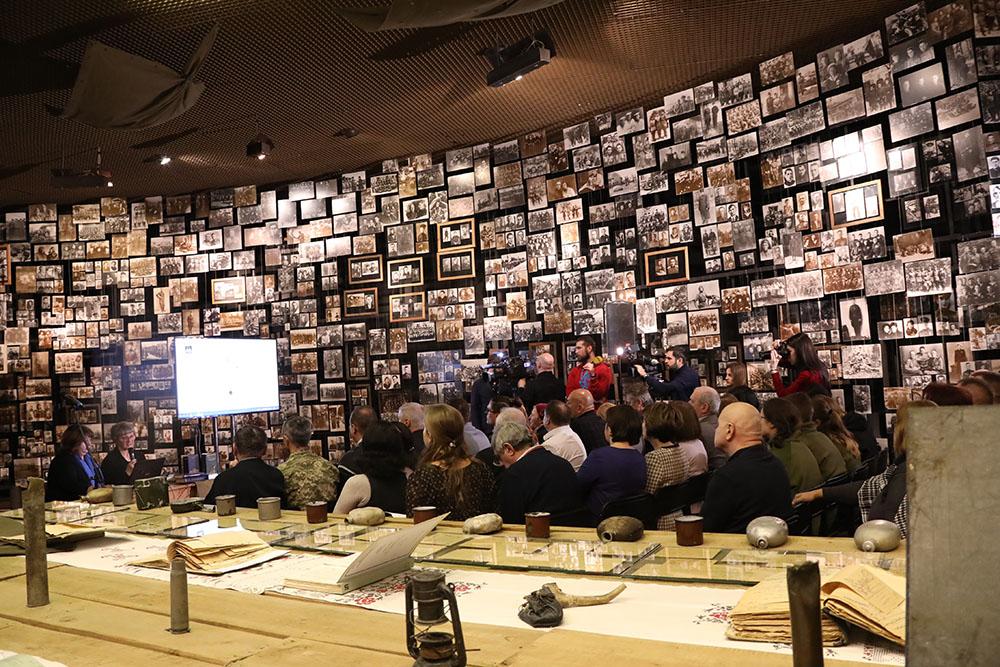 martyrolog_osn Музейники встигли врятували архівні «похоронки» від знищення