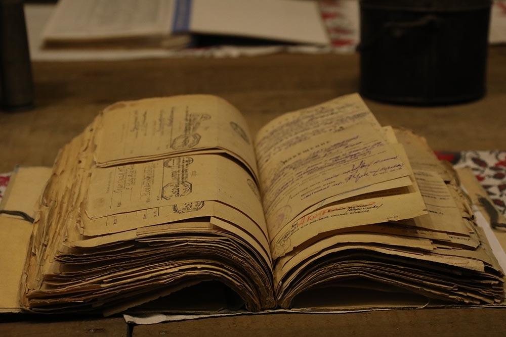 martyrolog_osn1 Музейники встигли врятували архівні «похоронки» від знищення