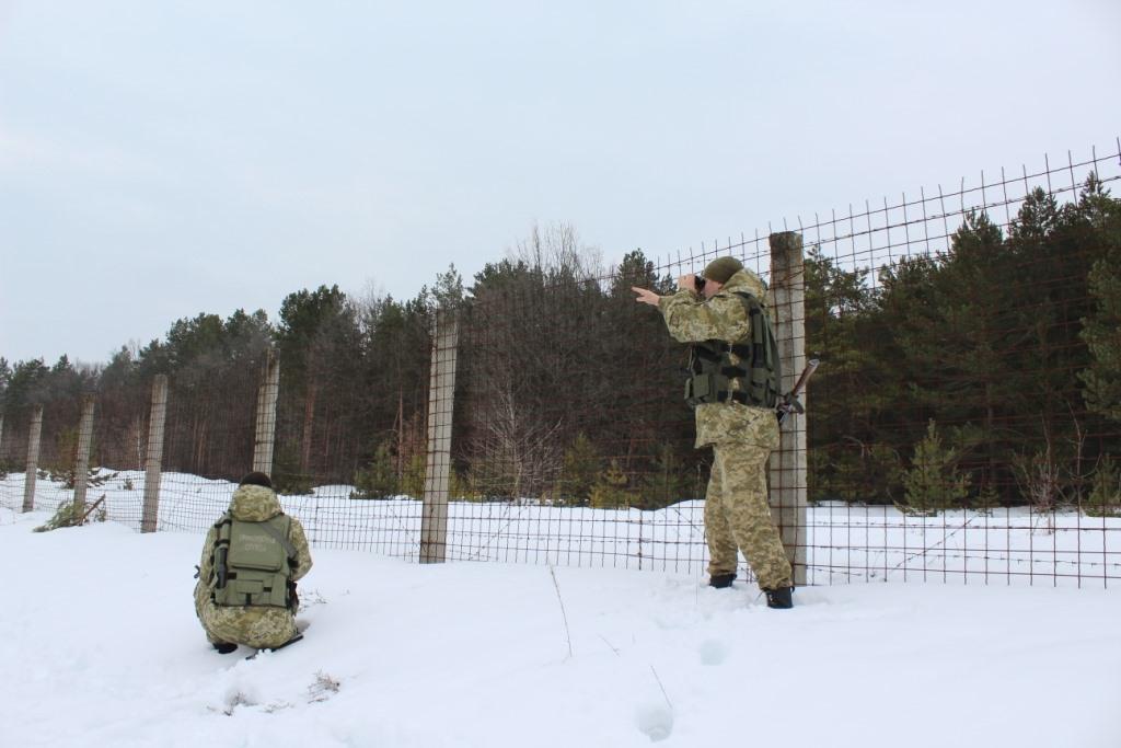 Незаконних туристів у Чорнобильській зоні у 2019 році стало більше - Чорнобильська зона, Україна, сталкери, прикордонники, порушники, київщина - news 20200108 112221 1578475341