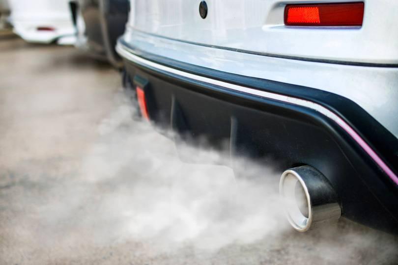 У Переяславі чоловік отруївся чадним газом, заснувши в салоні авто -  - otravlenie vyhlopnymi gazami
