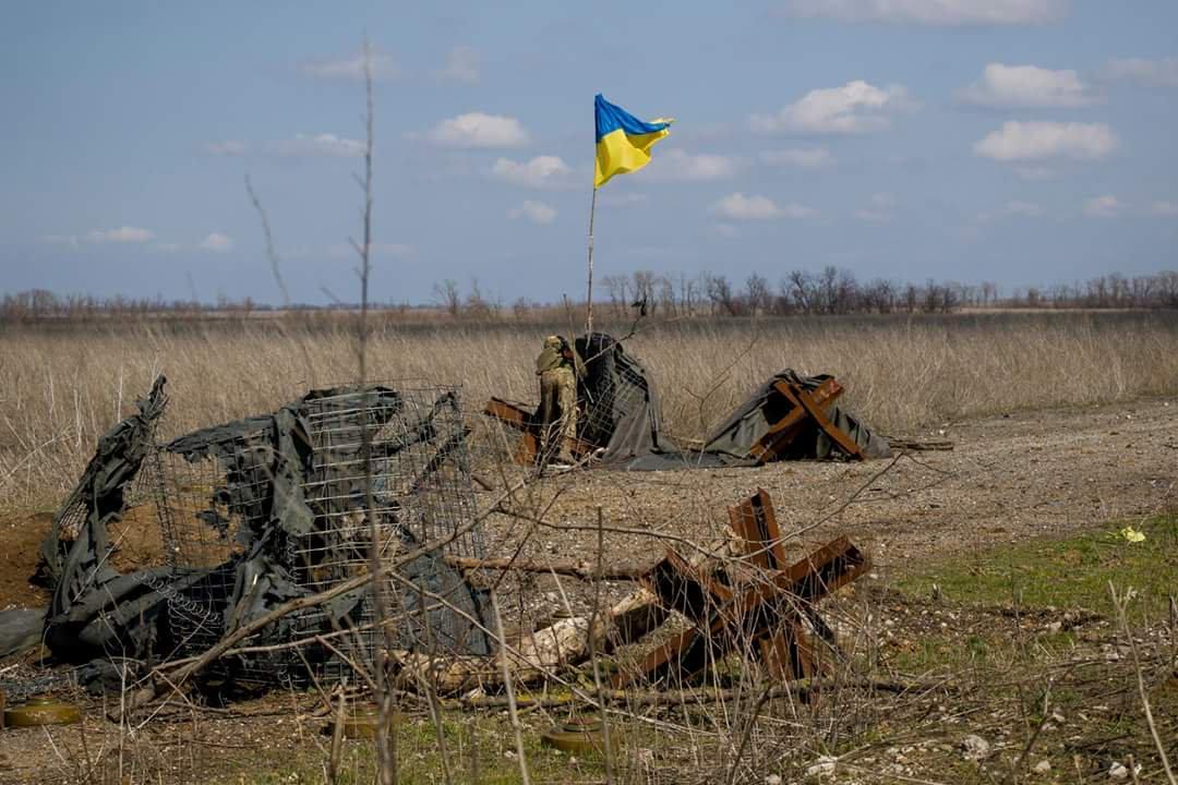 015 Бойовики атакували українські позиції біля Золотого: 1 загиблий, 4 поранених
