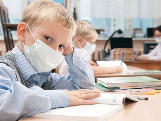 1641938 29 % хворих учнів: в Українці ще на тиждень продовжили карантин