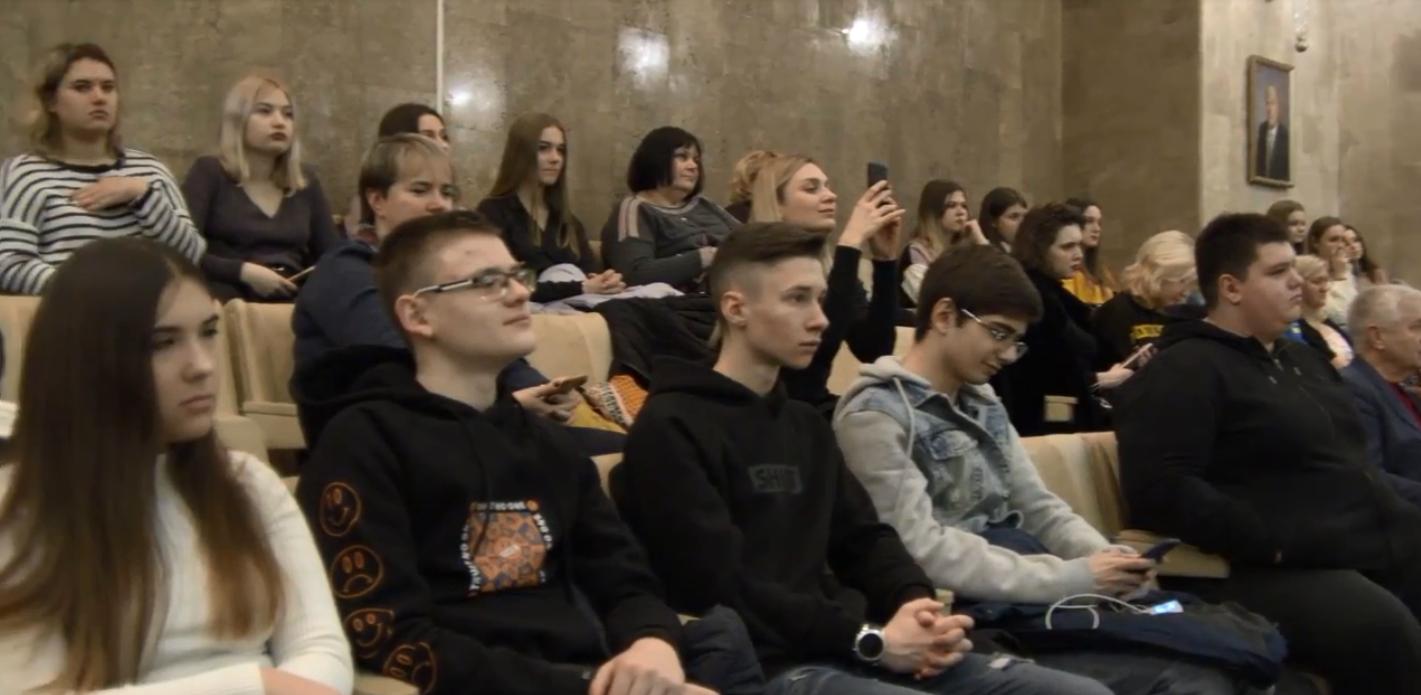 Для осіб з інвалідністю у Києві відкрилась перша інклюзивна медіашкола
