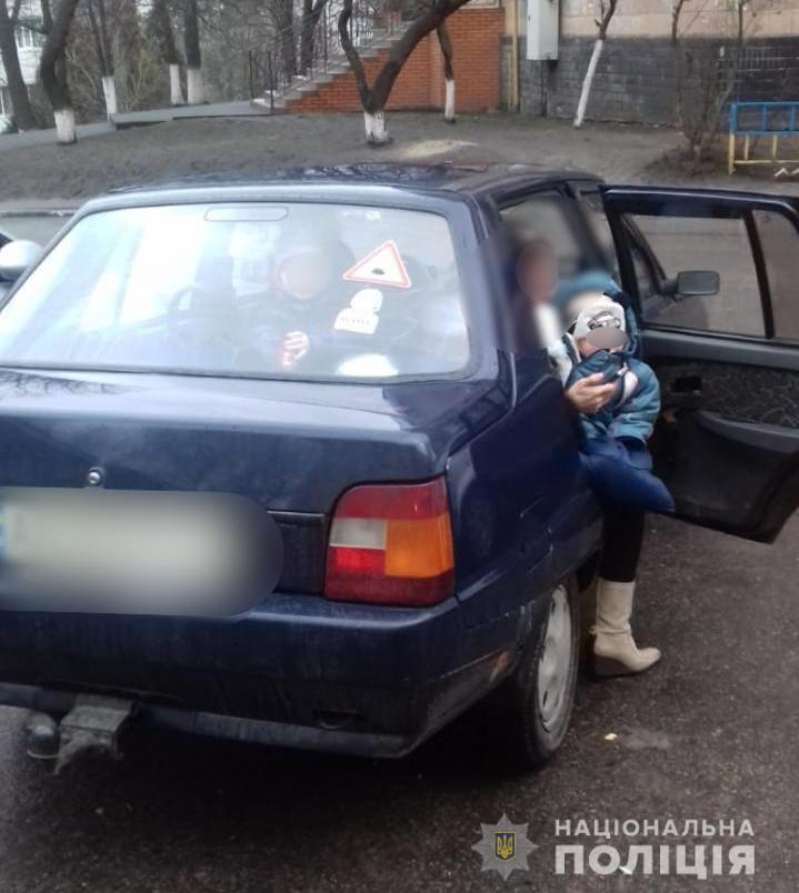 85043019_2785177001537454_827424964243095552_n В Обухові на батьків, що закрили дітей в машині, чекає адмінпокарання