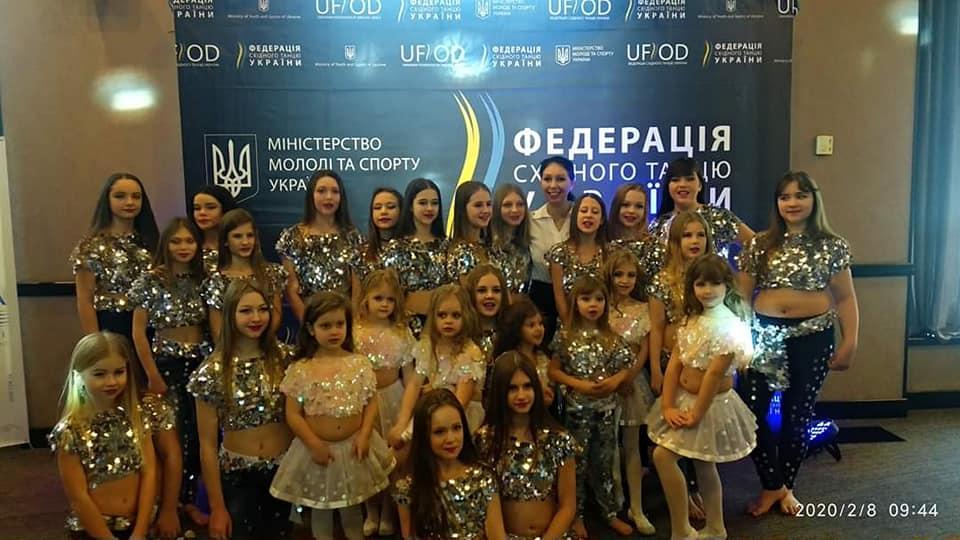 85117382_710074999522177_6130794935747608576_n Танцівниці східного танцю з Українки перемогли на престижних змаганнях