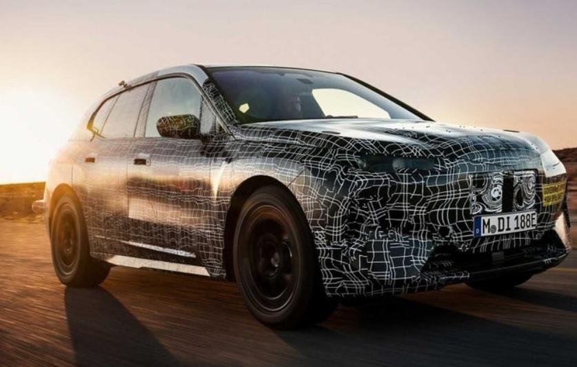 BMV BMW вперше засвітив флагманський електричний кросовер