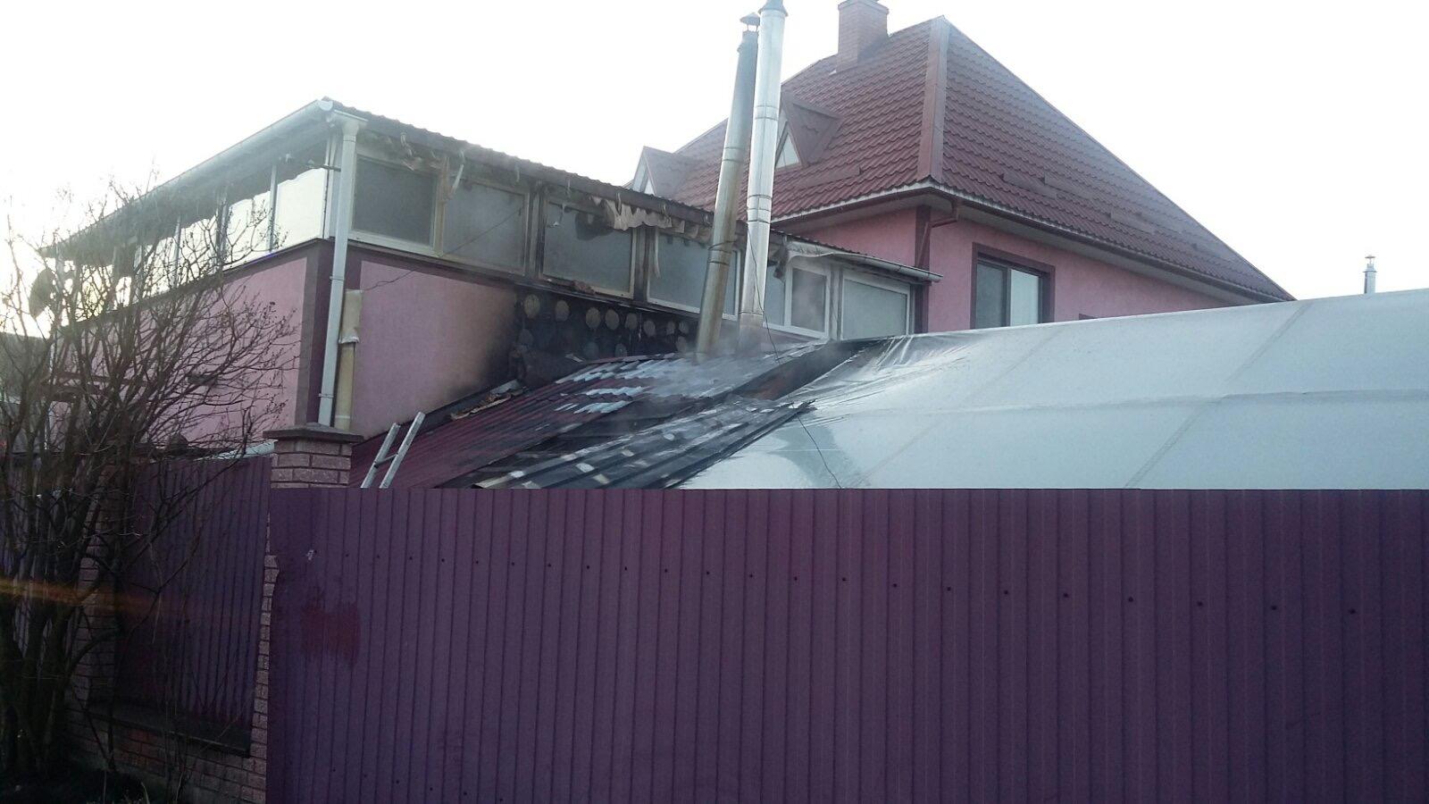 Gost-kotelnya-1 Пожежа у Гостомелі: вогонь охопив котельню в житловому будинку