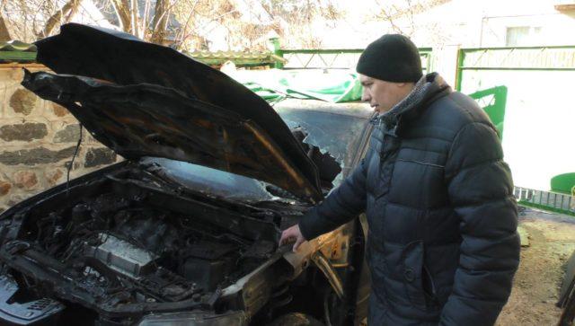 Lavr-pidp-avto-0-640x363 У Коцюбинському згоріли дві автівки: одна з них належить дружині депутата Ірпінської міської ради