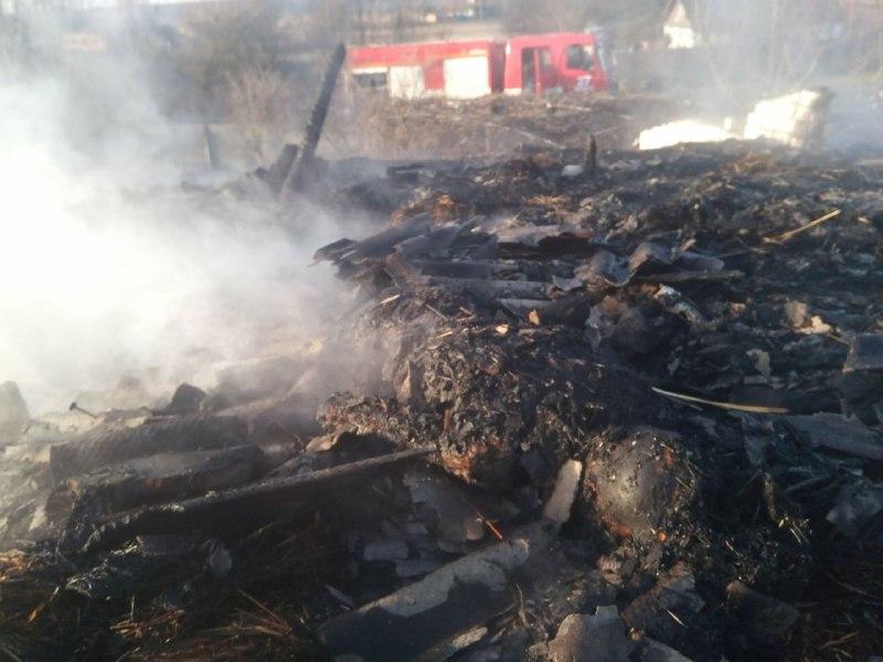 b3a707b2-8143-4f74-8328-b8c251d9c0df На Переяславщині у вогні загинув чоловік (відео)