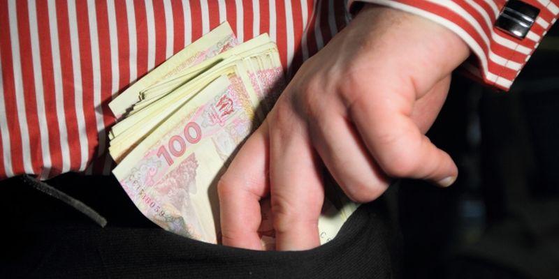 dengy-v-karman Столичному підприємцю повідомлено про підозру за фактом привласнення бюджетних коштів одного з сіл Обухівщини