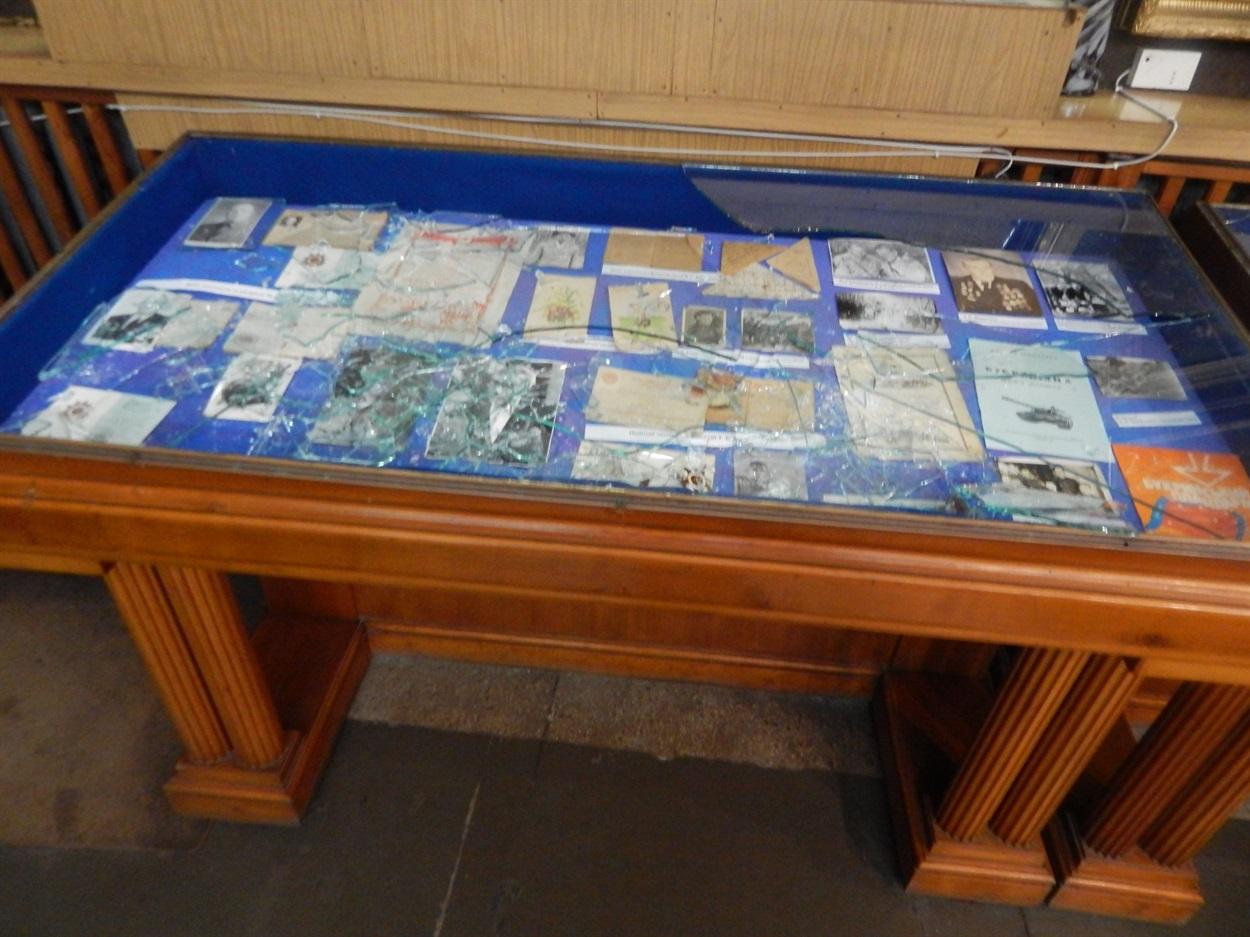 o_1e20da6kucj9b6ondn14obfqe2h У Переяславі грабіжники викрали з музею 23 нагороди часів Другої світової війни