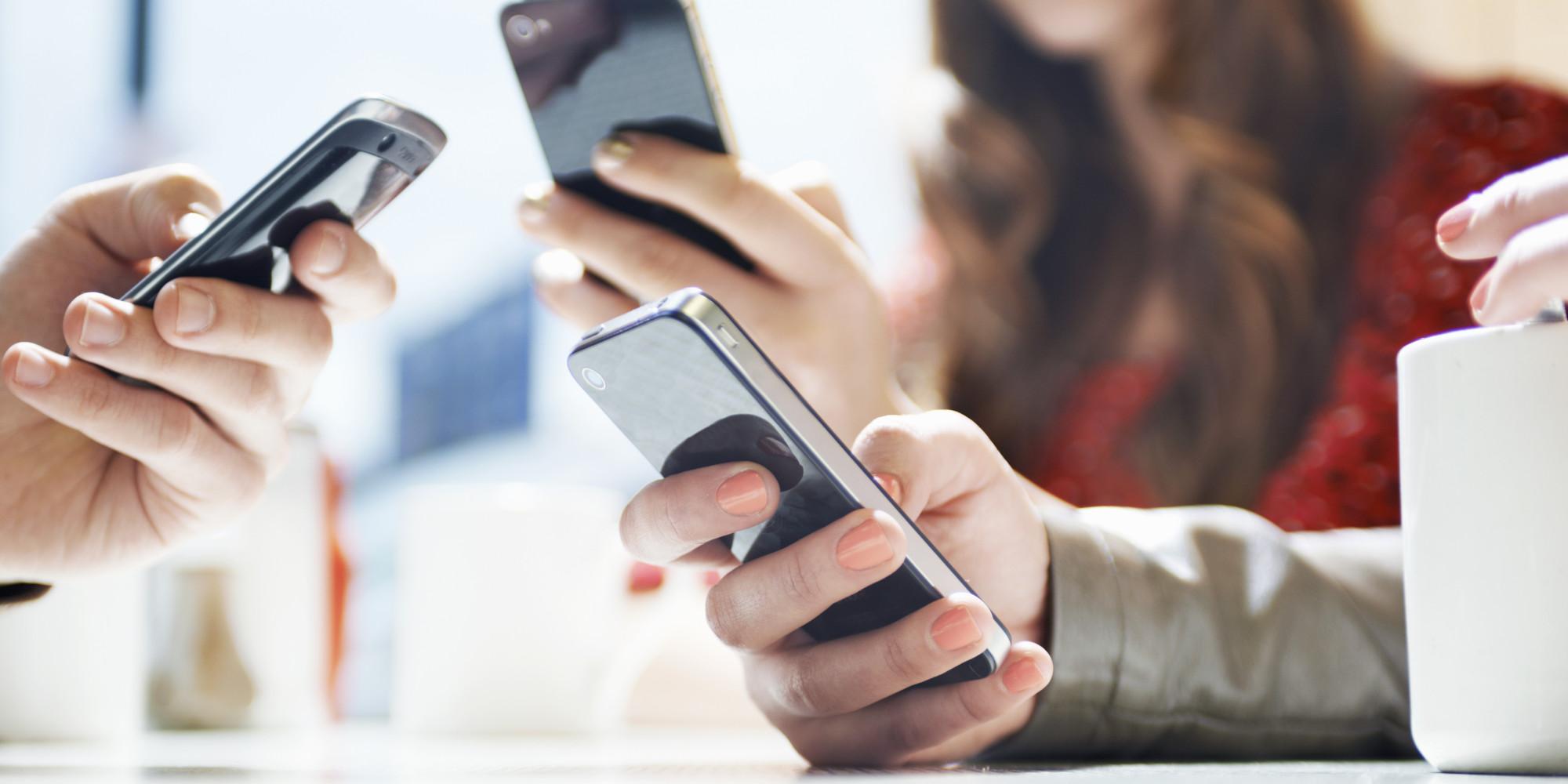 smartfoni-v-interneti1 Безкоштовна юридична допомога у смартфоні: запрацював Telegram-канал